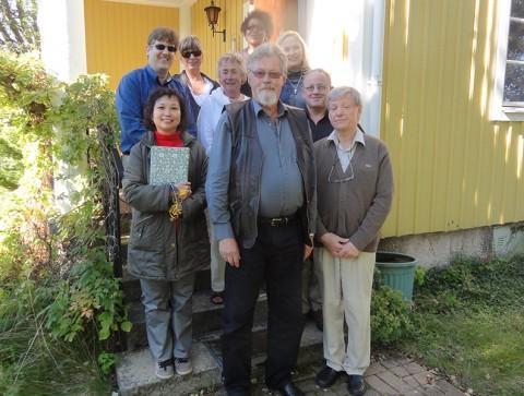 Kina, Australien, Finland och Sverige besöker Claes och Ulla på Erikslund